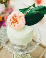 edible-centerpiece-cake-pedestal.jpg