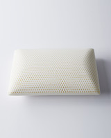 latex-foam-pillow-5-d111310-0914.jpg
