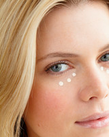 beauty-center-concealer-2-d108198.jpg