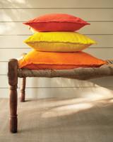drop-cloth-pillows-0648-mld109920.jpg