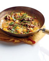 red curry beef pineapple