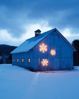 giant-snow-flake-barn-0008-d111141.jpg