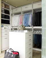 mld106055_0610_sharkeydressingarea.jpg