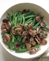 thanksgiving-green-beans-med109000.jpg