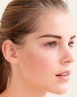 beauty-center-eyebrow-shape-d108198.jpg