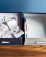desk-detail-organizing-257-md110720.jpg
