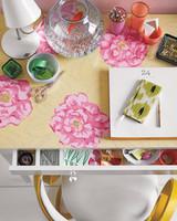 flower-mural-room6b31-0511mld107109.jpg