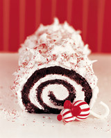 peppermint-yule-log-win05-mka101722.jpg