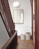 pilars-house-stairs-0911mld10753717.jpg