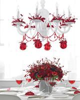 mld104727_1209_holiday_garland_table.jpg
