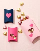valentines-heart-wreath-4729-d112853.jpg
