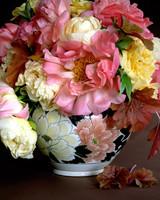 flower-arranging-la105317-09-08-09-4a.jpg