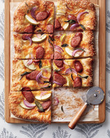sausage-pizza-opener-211-exp2-d112221.jpg
