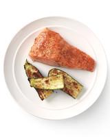 five-ways-broiled-salmon-006-med108877.jpg