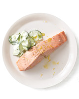 five-ways-poached-salmon-004-med108877.jpg