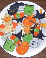 halloween_ugc09_halloween_iced_cookies.jpg