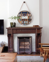 pilars-house-fireplace-0911mld10753721.jpg
