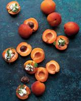 apricots-with-creme-fraiche-303-d111126.jpg
