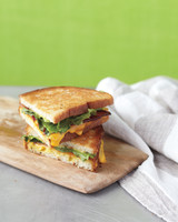 bacon-escarole-grilled-cheese-med108218.jpg
