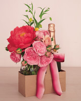 crafts-champagneflowers-027-r-mld110777.jpg