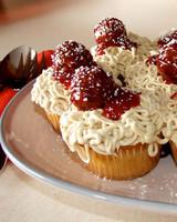 cupcake_contest_0211_spaghetti_cupcakes.jpg