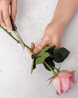 how-to-flower-arrangement-v9-54-d111001.jpg
