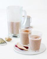 pear-oat-cinnamon-ginger-shake-mld107965.jpg