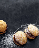 pumpkin-chocolate-whoopie-pies-med107616.jpg