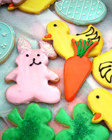 radio_0409_napa_model_bakery_iced_cookies.jpg