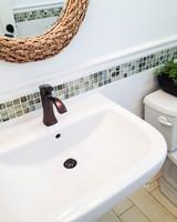 clean-dirtiest-parts-of-bathroom-sink-0316.jpg