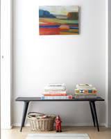 dumbo-hallway-bench-019-exp-1-d111305-0914.jpg