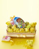 easter-centerpiece-yellow-1603-d111156-0414.jpg