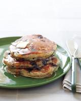 edf-loves-buttermilk-pancakes-001d-med108875.jpg