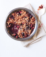 strawberry-frozen-cherry-crumble-091-d111738.jpg