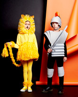 soldier-and-lion-paper-costumes-072-d111394-r.jpg