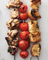 chicken-tomato-bread-cube-kebabs-034-med110108.jpg
