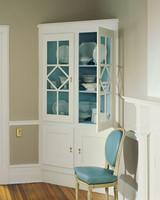 cupboard-subtle-transformation-02-d100768-0815.jpg