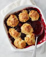 featured-recipe-blackberry-cobbler-173-d113085.jpg