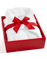 msmacys-giftguide-stayathomemom-plush-robe-1114.jpg