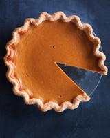 perfect-pumpkin-pie-kitchen-conundrums-0102-1115.jpg