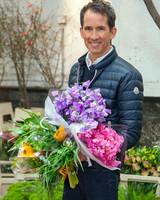 behind-the-scenes-flower-arrangement-7803-d111053.jpg