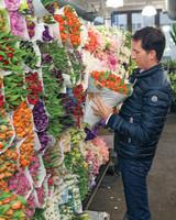 behind-the-scenes-flower-arrangement-7869-d111053.jpg