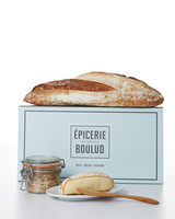epicerie-bread-cheese-with-plate-281-d111535-1214.jpg