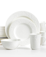 msmacys-dinnerware-vintagerose16pcset-retail-0314.jpg