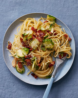 spaghetti-with-brussels-sprouts-and-bacon-102797750.jpg