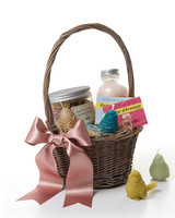 adult-woman-easter-basket-2599-lid-comp-d112789-0116.jpg