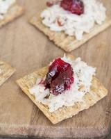 recipe_triscuitcranberrysage_sugarandcharm_blogpost_520x650.jpg