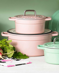 Discover Fresh New Cookware & Dinnerware by the Martha Stewart Collection™