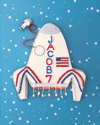rocket-ship-cake.jpg