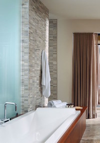 How to Turn Your Bathroom Into a Personal Home Spa